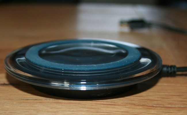 Wireless Charger for QI Enabled Devices.