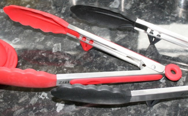 Review of kitchen tongs.