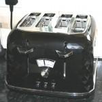 De'Longhi Brillante 4 Slice Toaster